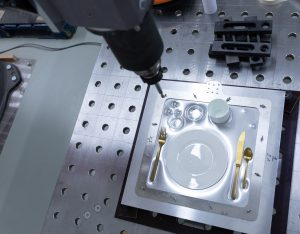 Metal meal tray ready to be scan