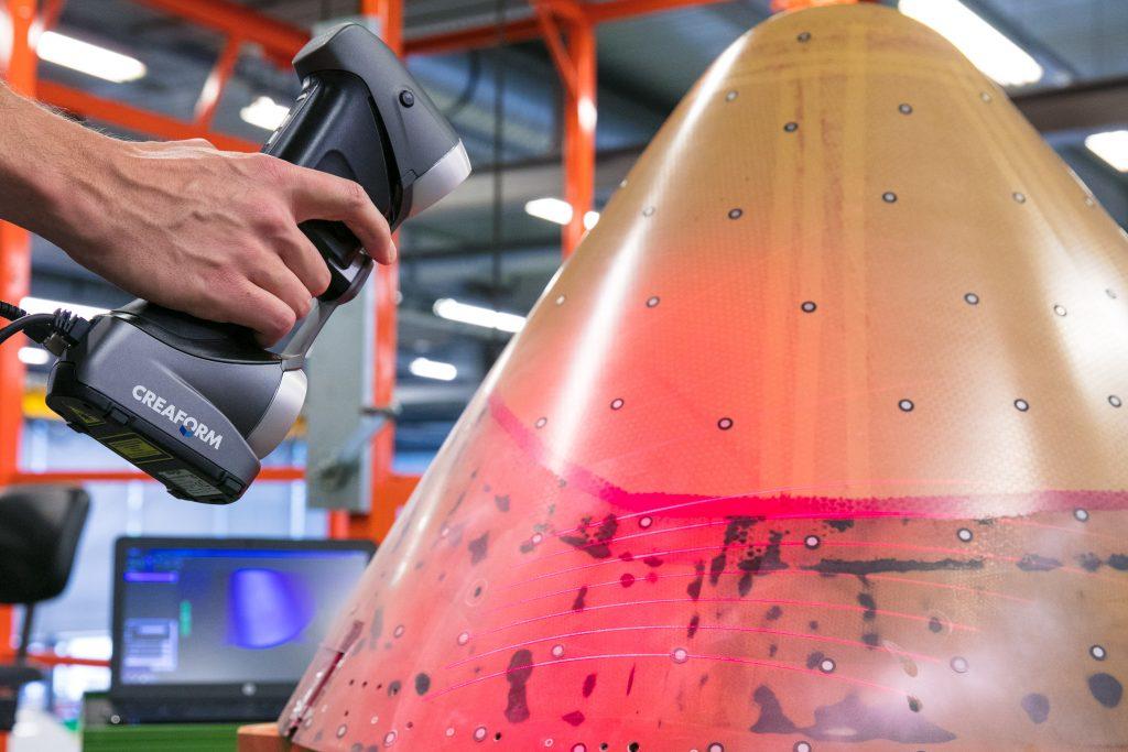 Sistema de escáner en 3D y fotogrametría utilizado para controlar la dilatación de los mate-riales.