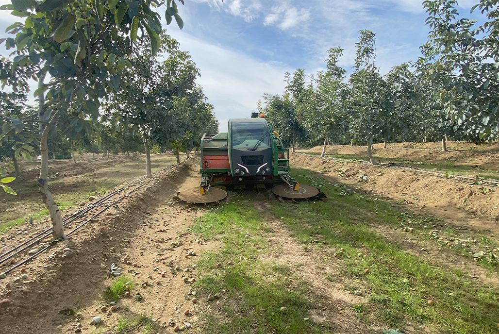 果実収穫機の3D寸法検査