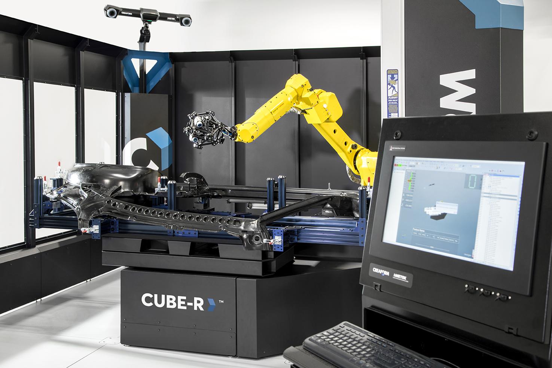 Le CUBE-R de Creaform est une MMT à numérisation 3D automatisée clé en main.