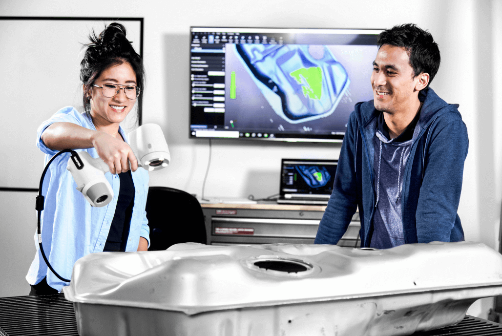 Integrate 3D technology into engineering courses